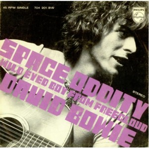 David-Bowie-Space-Oddity-419858